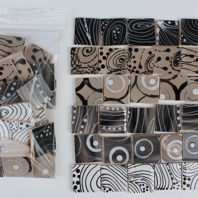 Materials / Patterned Tiles / Cold colors / Black and White Pack